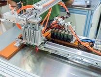 Main robotique photo libre de droits