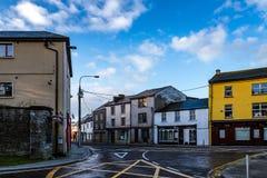 Main Street de petite ville en Irlande Photos libres de droits