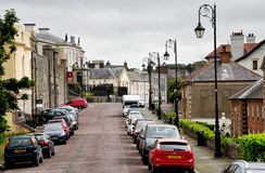 Main Street em Downpatrick Irlanda do Norte fotografia de stock