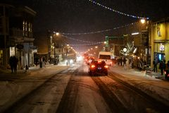 Main Street i snön Arkivbild