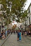 Main Street, la rue artérielle principale dans le territoire d'outre-mer britannique du Gibraltar images libres de droits
