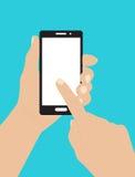 Main tenant le smartphone et touchant l'écran illustration libre de droits