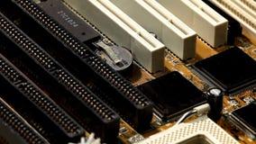 Mainboard del ordenador con el circuito y la ranura de expansión almacen de video