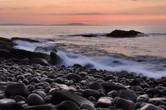 Maine-Küstenlinie am Sonnenaufgang Stockbild