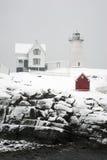 Maine Lighthouse i snöstorm Royaltyfria Bilder
