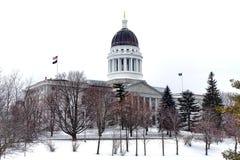 Maine State Capitol i vinter Arkivfoto