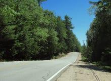 Maine wiejska droga w lecie Zdjęcia Stock