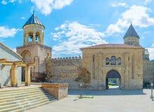 Maingaten av den Svetitskhoveli domkyrkan i Mtskheta Arkivbilder