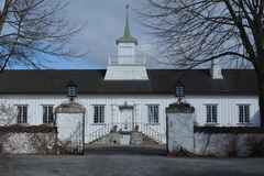 Mainhouse на Hovinshom стоковая фотография rf
