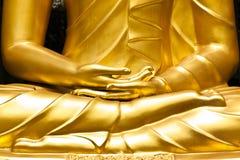 Mains bouddhistes de statue Photographie stock libre de droits