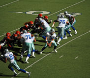 mains de cowboys de bengals outre de romo Photo stock