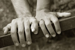 Mains de fixation Images stock