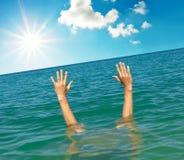 Mains de l'eau Image stock