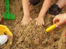 Mains de l'enfant Photo libre de droits