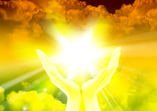 Mains de prière priant la foi Image libre de droits
