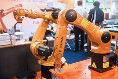 Mains de robot industriel Photographie stock libre de droits