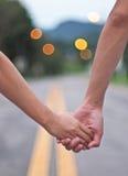 Mains des amoureux image libre de droits