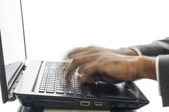 Mains et ordinateur portatif photos libres de droits