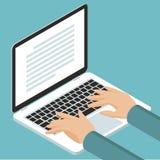 Mains sur le clavier de cnotebook Image libre de droits
