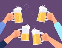 Mains tenant des verres de bière Faire tinter gai de personnes Joint la bière potable dans la barre Fond de vecteur illustration de vecteur
