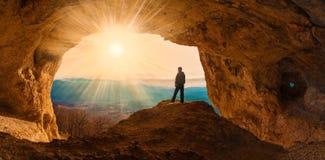Mainsails и пещеры человека стоковое изображение rf