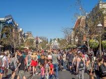 Mainstreet los E.E.U.U. en el parque de Disneyland Fotos de archivo libres de regalías