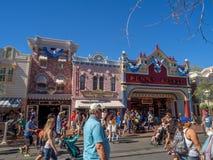 Mainstreet USA på Disneyland parkerar Royaltyfria Foton