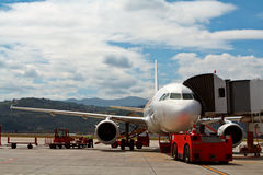 Maintenance and load of luggage Royalty Free Stock Image