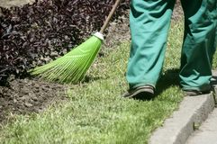 Free Maintenance Worker In Park Closeup Royalty Free Stock Images - 121157349