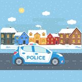 Maintenez l'ordre la patrouille sur une route avec la voiture de police, maison, paysage de nature Image stock