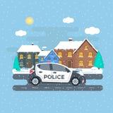 Maintenez l'ordre la patrouille sur une route avec la voiture de police, maison, paysage de nature Photo libre de droits