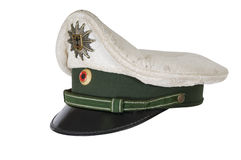 Maintenez l'ordre le chapeau, sur un fond blanc du policier allemand Photos stock