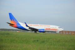 maio, 11o 2015, Amsterdão os Países Baixos: G-GDFO Jet2 Boeing 73 Fotos de Stock