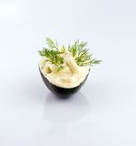 Maionese sobre o avokado Imagens de Stock Royalty Free