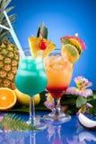 A maioria de série popular dos cocktail - MAI TAI e H azul Imagem de Stock