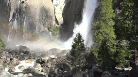 Mais baixa queda de Yosemite no Yosemite famoso filme
