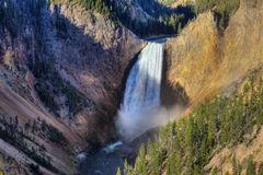 Mais baixas quedas de Yellowstone, Yellowstone NP Fotografia de Stock Royalty Free