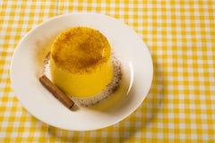 Mais Curau - typisches Lebensmittel des Grünkerns - geschmackvoll und billig - typi lizenzfreies stockfoto
