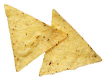Mais-Tortilla-Chips getrennt auf Weiß Stockbild