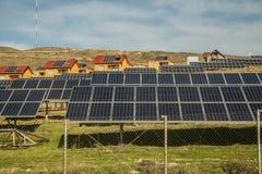 Maison à énergie solaire de système de l'électricité usine de biogaz, utilisant la pulpe de betterave comme forme renouvelable de photographie stock