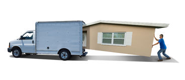 Maison à la maison de entassement de lutte d'homme dans le fourgon mobile de camion dessus sur le mouvement de jour photo libre de droits