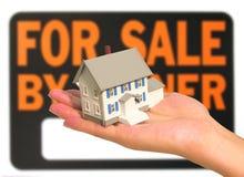 Maison à vendre Image stock