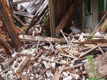 Maison abandonnée à l'intérieur Photo stock