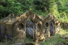 Maison abandonnée dans la ferme de Pisao photo libre de droits