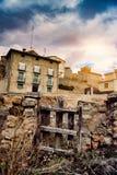 Maison abandonnée dans les ruines Photographie stock