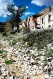 Maison abandonnée dans les ruines Photos libres de droits