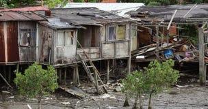 Maison abandonnée sur des échasses Photographie stock libre de droits