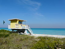 Maison avant de plage Images libres de droits
