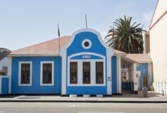 Maison bleue dans Swakopmund, Namibie photos libres de droits
