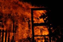 Maison brûlante Photographie stock libre de droits